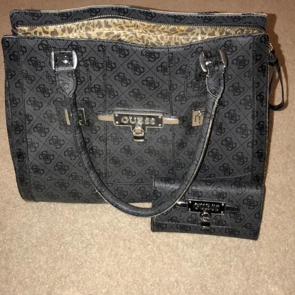 a4a9618118 Guess Handbags - Guess Handbag   Wallet